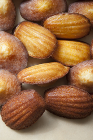 Loose madeleines.